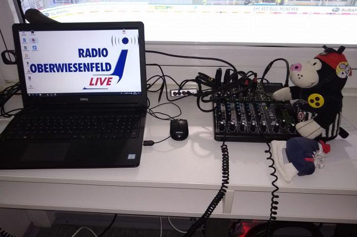 """EHC gegen DEG: """"Radio Oberwiesenfeld"""" und """"Puck ma's"""" übertragen gemeinsam LIVE"""